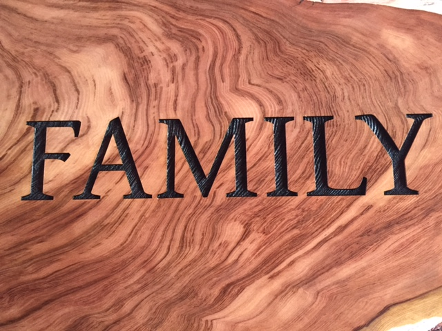 WoodLab Designs Redwood Slab Family Sign Detail