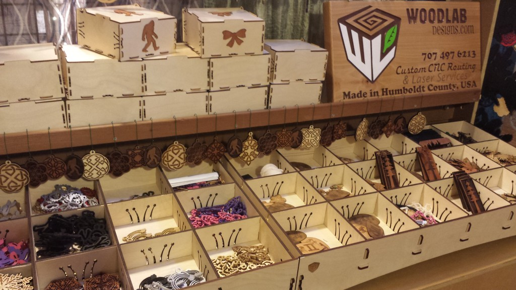 WoodLab Designs Baltic Birch Laser Cut Craft Booth Display
