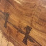Butterfly joint wooden table top